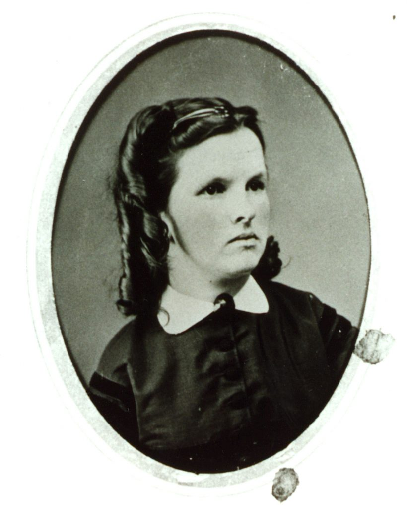 Clarrissa Anne Pettingell as a girl. She later became Doc Huson's wife).